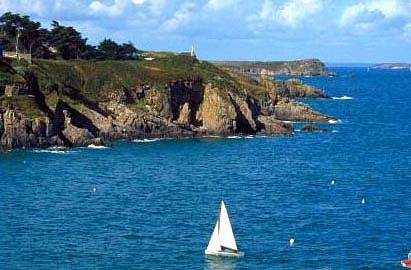 Holiday Cottages for rental throughout the Brittany Region - Wonderful Scenery