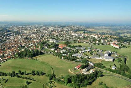 Aurillac - Self catering holiday rental accommodation in Auvergne -Book direct with owners on Rent-in-France
