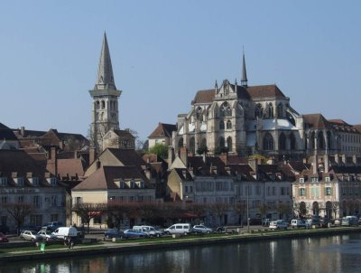 Auxerre, Burgundy - Self catering holiday rental accommodation in Burgundy