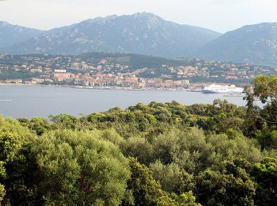 Holiday rental property in Corsica - French holiday homes on Rent-in-France