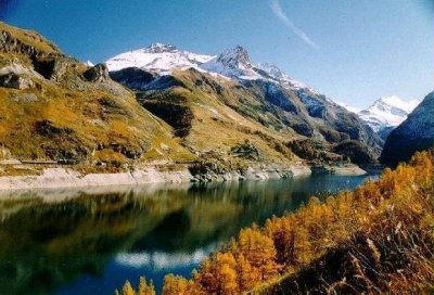 Beautiful Scenery - Rent Savoie holiday apartment or chalet accomodation - Rent-in-France holiday directory