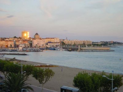 French Holiday homes to rent in St Raphael - Beautiful Sunset