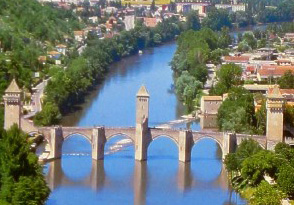 Cahors Bridge - Self Catering Cottages in Lot, France