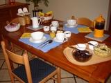 7-Dining Area.jpg0