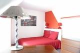 09 - Bedroom.jpg0