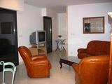 06 - Sitting Room0