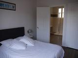 07-Bedroom0