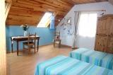 Bedroom 2 beds,