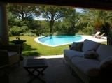 pool-lounge-garden
