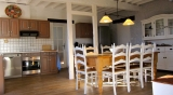 Malepere - Dining Table and Kitchen