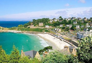 HOLIDAY RENTALS BRITTANY | Brittany holiday rental villas with pools, cottages, gites and houses - HOLIDAY RENTALS BRITTANY | Self catering Brittany holiday homes - Brittany holiday rental villas with pools, cottages, gites and houses. Find your perfect home to rent in France's best regions.