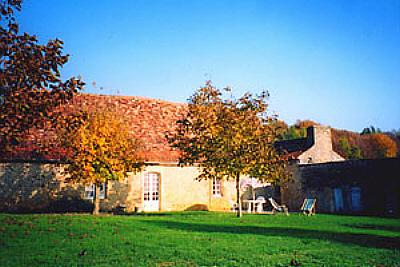 Perigordian farm to rent nr Truffle Farm in Dordogne