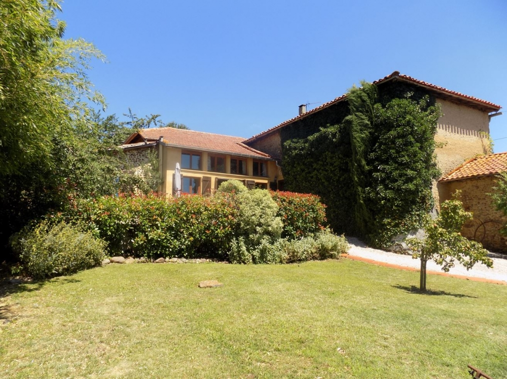 South Facing Holiday Cottage in Lannemezan, Hautes Pyrenees
