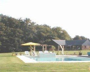 Detached Maine-et-Loire 3 bedroom Holiday Home, Heated pool and Jacuzzi