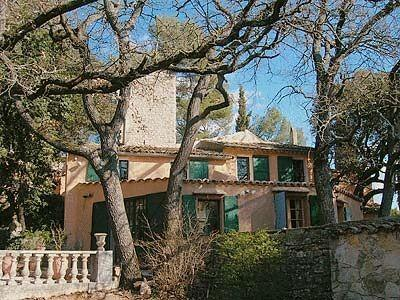 Spacious Provencal Holiday Villa to rent in Meyreuil, Aix-en-Provence