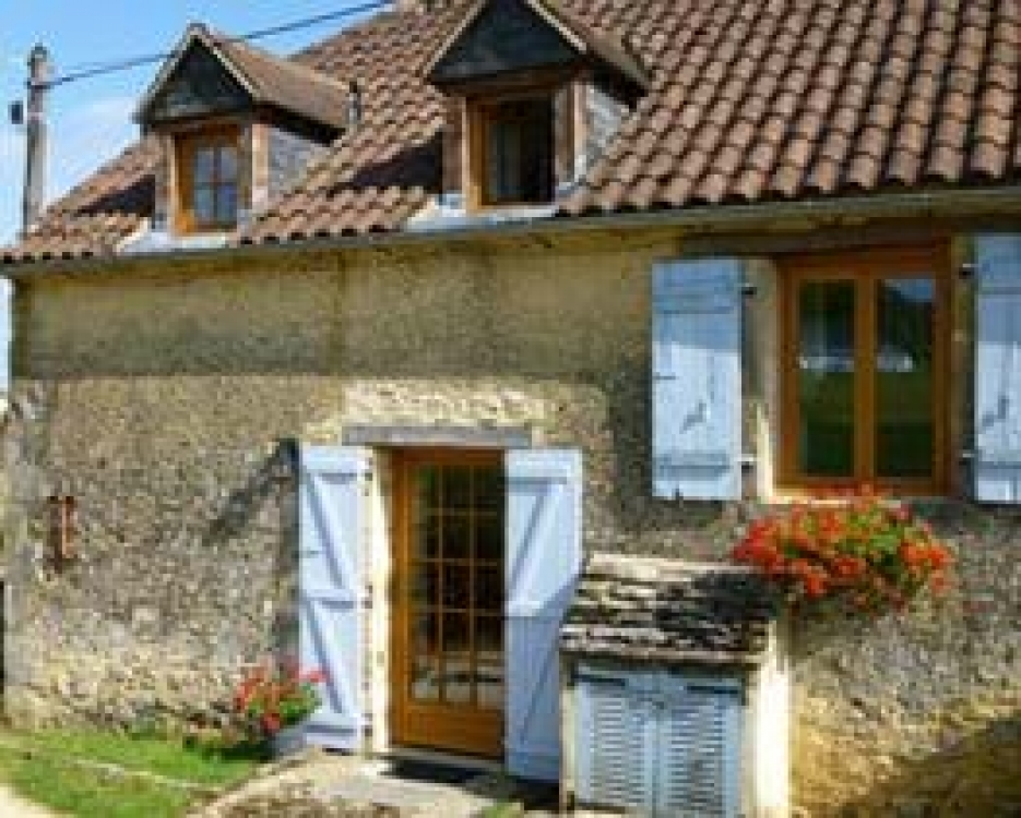 Sarlat Holiday Homes with Shared Pool, Dordogne ~ La Petite Grange Sarlat Holiday Rental