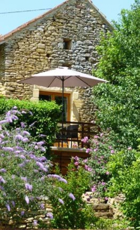 Sarlat holiday cottages to rent with Shared Pool and Superb Views - Le Fournil