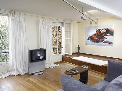 Romantic Montmartre holiday apartment to rent in Paris