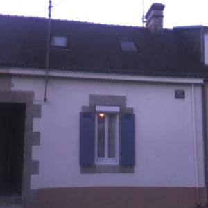Traditional self catering house to rent in heart of Port Louis | Brittany