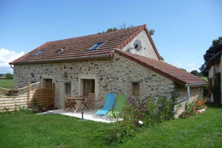 Two Self Catering Burgundy Holiday Apartments in Nievre, France - Le Charolais