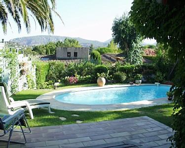Mandelieu-La-Napoule Holiday Villa Rental with Private Pool near Cannes