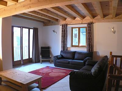 Bourg d`Oisans Ski Holiday Chalets to Rent near Alpe d`Huez - STABLE HOUSE