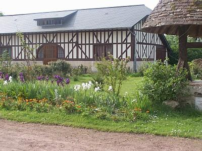 Calvados Holiday Rental Cottages in Saint Gatien, Normandy