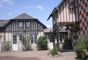 Calvados Holiday Homes to Rent in Saint Gatien, Normandy, France