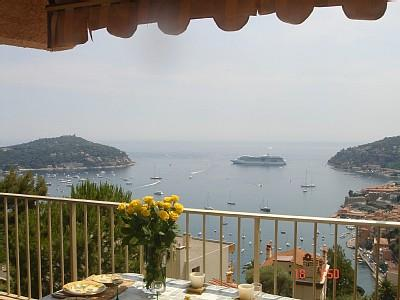 Luxury Villefranche-sur-Mer Holiday Apartment Rental with Pool
