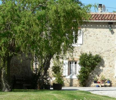 Superb Tarn Holiday Home Rentals with Pool Near the Black Mountains, France