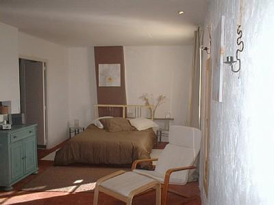 Saint-Thibery Holiday Studio Apartment to rent near Beziers