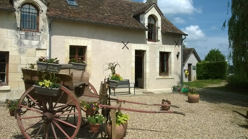 Self-Catering Gite / Cottage rental, Indre-et-Loire, France / L'Hirondelle Sleeps 5