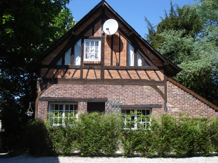 Holiday Rental Cottage in Grandcourt, Seine-Maritime ~ Luxury Cottage Sleeps 6