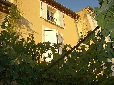 Charming Puisserguier holiday rental house with private garden in Herault