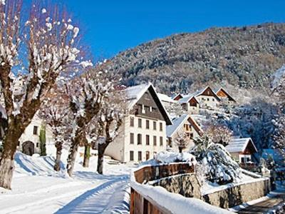 Catered Winter Ski and Summer Cycle Chateau near Alpe d'Huez - Le Chateau d'Oz