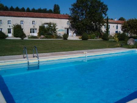 Lovely Charente-Maritime Holiday Rental Cottage with Pool, France ~ Le Mezzanine Cottage