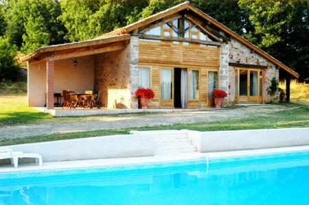 Gite with pool to rent in Castelnau de Montmiral, Midi-Pyrenees