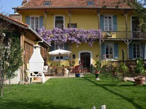 Luxury Bed and Breakfast accommodation in Hautes Pyrenees