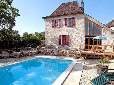 Charming Holiday Farmhouse to rent in St Julien de Crempse, Dordogne