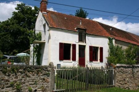 Self Catering Cottage to rent near La Chatre, Indre, France