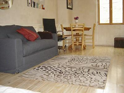 Studio Apartment Rental in Nice Old Town, Cote D`Azur, France ~ Tastefully Designed