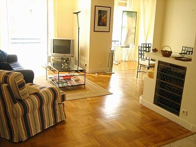 Holiday Apartment to rent in Nice, France, The Musicians Quarter, Minutes From Promenade