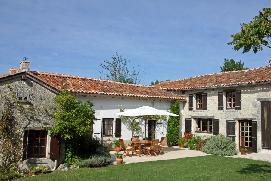 Award-winning Holiday Farmhouse in Verteillac, Perigord Vert, Dordogne