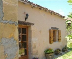 Pretty 1 Bed Dordogne Stone Holiday Cottage in Saint Germain et Mons, near Bergerac