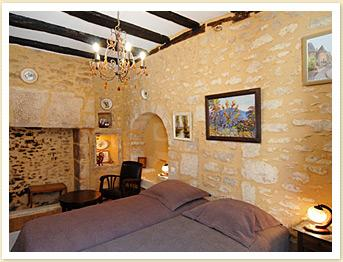Contemporary Sarlat holiday gite oozing in French charm, Dordogne ~ Sarlat two bedroom Gite