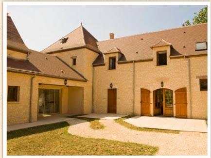 Exquisite Brantome Holiday Villa Rental in the Dordogne, with on site Bar & Restaurant!