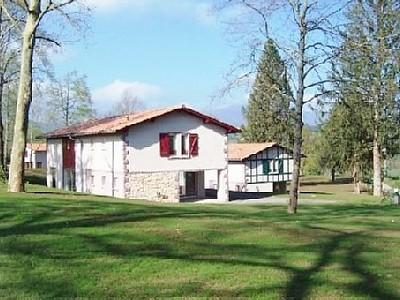 St Jean le Vieux Holiday Rental Villa, Pays Basque, France