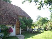 Enchanting holiday cottage to rent, sleeps 6 – 12, near Caen, Normandy