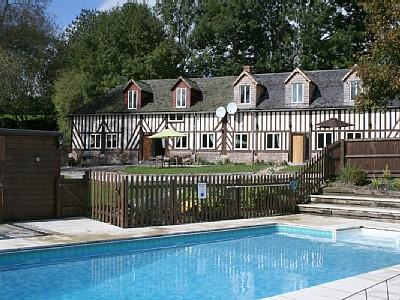 Beautiful Orne Holiday Rental Home with Large Pool in Les Champeaux, Normandy
