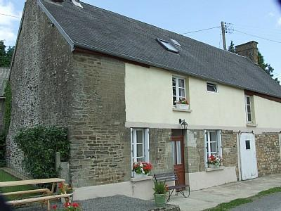Large Normandy Holiday Rental Farmhouse in Mortain, Manche, France
